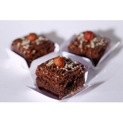 Mini Brownies bañados en chocolate avellana x30