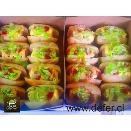 Mini hotdogs x25